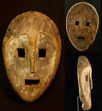 A1 Art Africain Masque ancien Kumu Congo force brute primaire patine ancienne