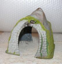 W39 Noch Busch o.a. kleiner Tunnel eingleisig Spur HO