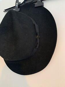 ladies black felt hat