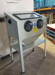 Sandblast Cabinet SBC220 Workshop  for restoration Sand Blast projects. ( Cream)