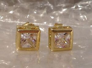 9ct YELLOW GOLD SQUARE SHAPED CZ EARRINGS