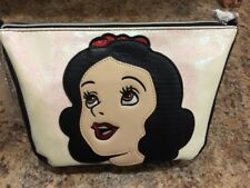 NWT DISNEY SNOW WHITE EVIL QUEEN 2 IN 1 DANIELLE NICOLE PURSE CROSS BODY CHAIN