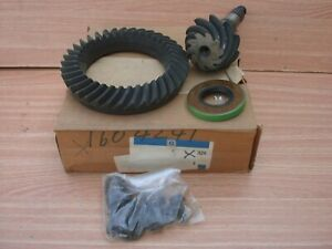 Differential Gear Pinion fits Opel Rekord C D E 33/9 Ratio Genuine