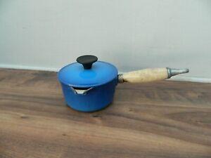 cousances / le creuset cast iron saucepan and lid   in blue  finish  size 12