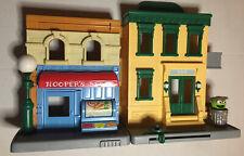 Sesame Street Workshop Hasbro 2010 playset Oscar The Grouch
