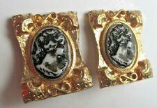 Rares boucles d'oreilles clips couleur or camée buste femme bijou vintage 2874