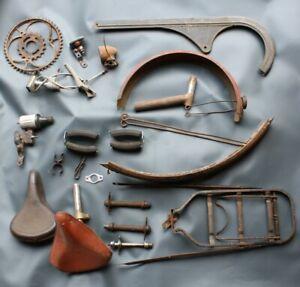 Konvolut Fahrrad Teile Kettenschutz Schutzblech Rücklicht Kleinteile [3418-50]
