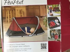 KidCo PeaPod Infant Travel Bed in Cranberry opened but never used