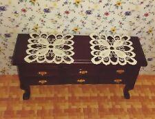 6198 - 2 x Tischdeckchen, Spitzendecke Puppenhaus, 1:12, Puppenstube (Set 1)