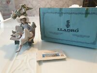 Lladro Figurine Sunday in the Park 5365 Excellent Condition Boxed Retired