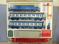TRI-ANG BIG BIG TRAIN / NOVO MODEL No.77003 BIG BIG PASSENGER TRAIN SET VN MIB