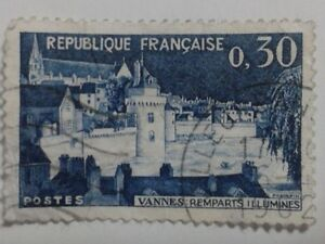 FRENCH STAMP - 0,30