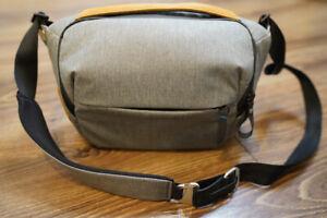 Peak Design Everyday Sling 5L Camera Bag gray