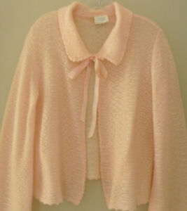 Mint Vintage Made in English Fine Wool Lace Pale Pink Bed Jacket Women's Large