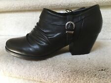 Beartraps Black Ankle Shoe Boots 9 New!