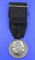 Medaille Generalfeldmarschall von Hindenburg am Band I. WELTKRIEG 1914-1918