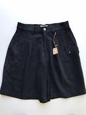 Women's 100% Silk Tommy Bahama Shorts Pleated Front Size 4 Black  new