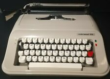 Vintage 1960's Underwood 319 Typewriter With Green Cover Case