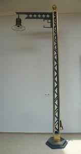 325 cm hohe Märklin Gittermastlampe Gartenleuchte Parkleuchte