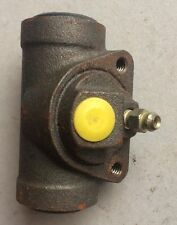 BENDIX BRAKE WHEEL CYLINDERS #33311 #37021 BUICK CHEVROLET OLDSMOBILE