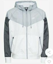 Nike Sportwear Jacke  Gr. M  Top Zustand neuwertig