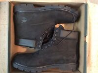 Timberland Earthkeeper Men's 6-inch Classic Waterproof Boots (Black) Size 13.