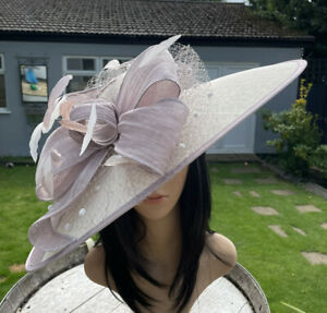 SNOXELL GWYTHER TAUPE AND IVORY WEDDING HATINATOR HAT MOTHER OF THE BRIDE