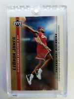 2003 03-04 Upper Deck Phenomenal Beginning Gold LeBron James Rookie RC #13, Cavs