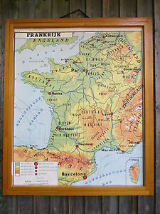 STUNNING VINTAGE FRENCH DOUBLE SIDED MAP OF FRANCE & SWITZERLAND - PAPER 1960's