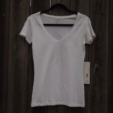 NWT Pact Organic White Sustainable Ethically Produced Cotton V-Neck WFH Tee