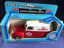 S2-10 ERTL 1950 DELIVERY TRUCK COLLECTORS BANK - 1:25 SCALE - IGA GROCERY STORES
