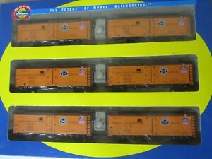 Athearn HO scale Pacific Fruit Express  6pack of Reefer cars  #71437