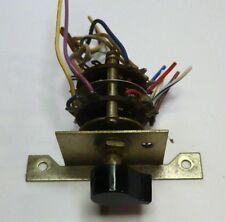 Kenwood KR-6340 Umschalter 2 - 4 Kanal Geräterückseite