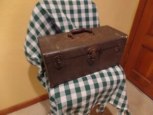 Vintage  UNION Tool Box Full Size 16x7x7 complete