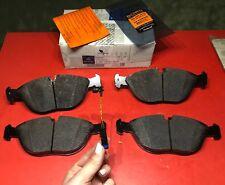 Front Brake Pad Set & Sensor For Mercedes E350 E430 E500 S430 S500 C43 E55 CLK55