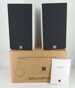 Dali Opticon 2 -WHITE Gloss Bookshelf Speakers