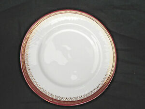 Paragon HOLYROOD. Dinner Plate. Diameter 10 5/8 inches