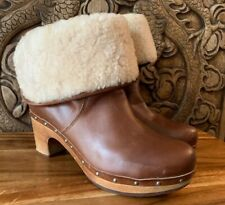 UGG Lynnea Shearling Lined Cuff Mid Calf Boots Women's 9 Brown Leather Clogs