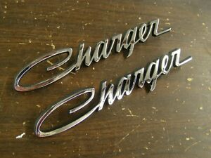 NOS OEM 1968 1969 1970 Dodge Charger Roof Sail Panel Scripts Emblems Ornaments