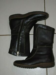 Women's DK Brown Colorado flat boots sz 7B