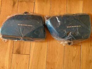 Suzuki GT750 Frame covers, L+R. dark blue. 47111-31200+47201-31811