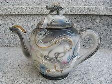 THEIERE SATSUMA Porcelaine Japonaise DRAGON EN RELIEF 18,5 cm haut