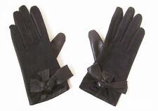 Ladies / Womens Grey Leather & Suede Gloves by ISOTONER Size Medium NEW & UNWORN