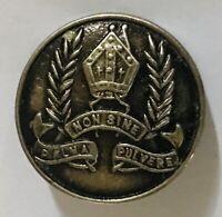 Korowa Anglican Girls School Palma Non Sine Pulvere Pin Badge Rare Vintage (A10)