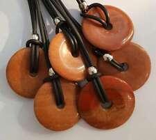 Donut / Halbedelstein / Karneol an Kautschukkette / Halskette