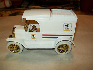 "ERTL#9532  ""US MAIL REVERSED EAGLE"" 1913 Model T Van Gold Wheels 1:25 MIB"