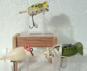 LOT OF 2 FRED ARBOGAST HULA POPPER AND 1 REPRODUCTION FISHING LURES