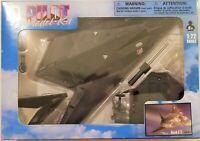 New Ray - 1:72 Scale Pilot Model Kit F-117 Nighthawk (BBNR21317F117)