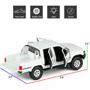 1/32 Toyota Hilux Pickup Truck Model Car Diecast Toy Vehicle Kids Gift White