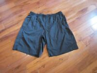 Mens Lululemon SHORTS IN BLACK ON BLACK STRIPE XXL WAIST FLAT 18 INCHES (36)